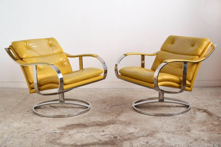 Pair of Gardner Leaver Lounge Chairs by Steelcase 2