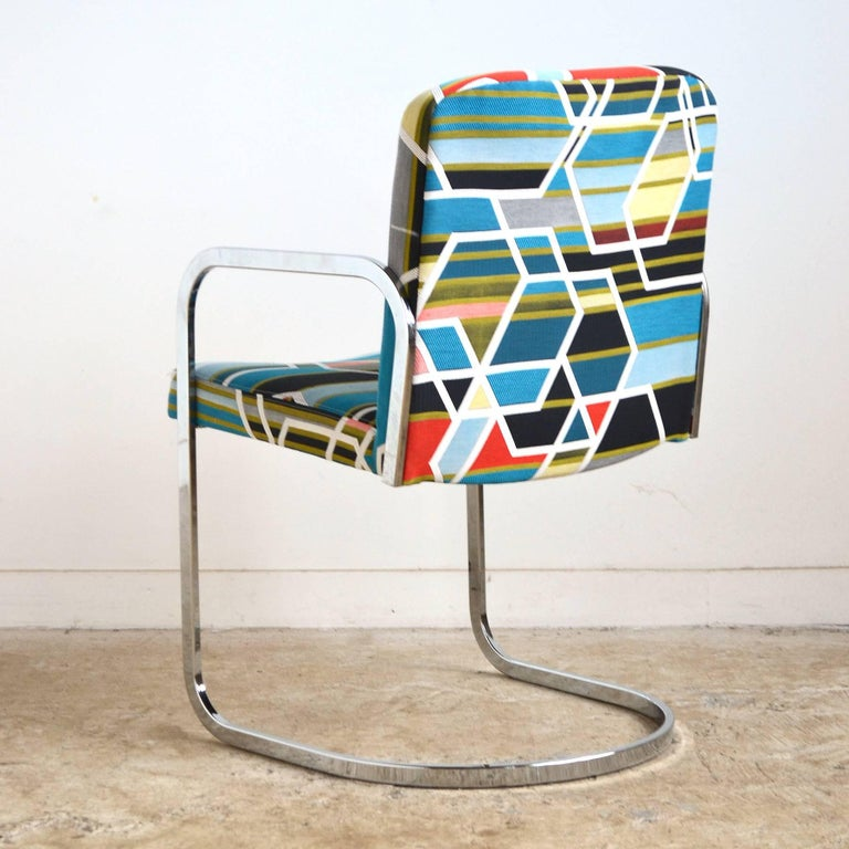 Design Institute of America Set of Four Chairs with Maharam Fabric In Excellent Condition For Sale In Highland, IN