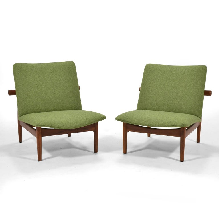 Scandinavian Modern Finn Juhl Pair of Japan Chairs by France & Søn For Sale