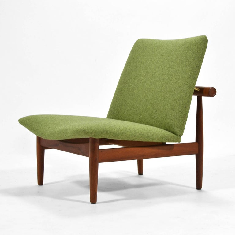 Mid-20th Century Finn Juhl Pair of Japan Chairs by France & Søn For Sale