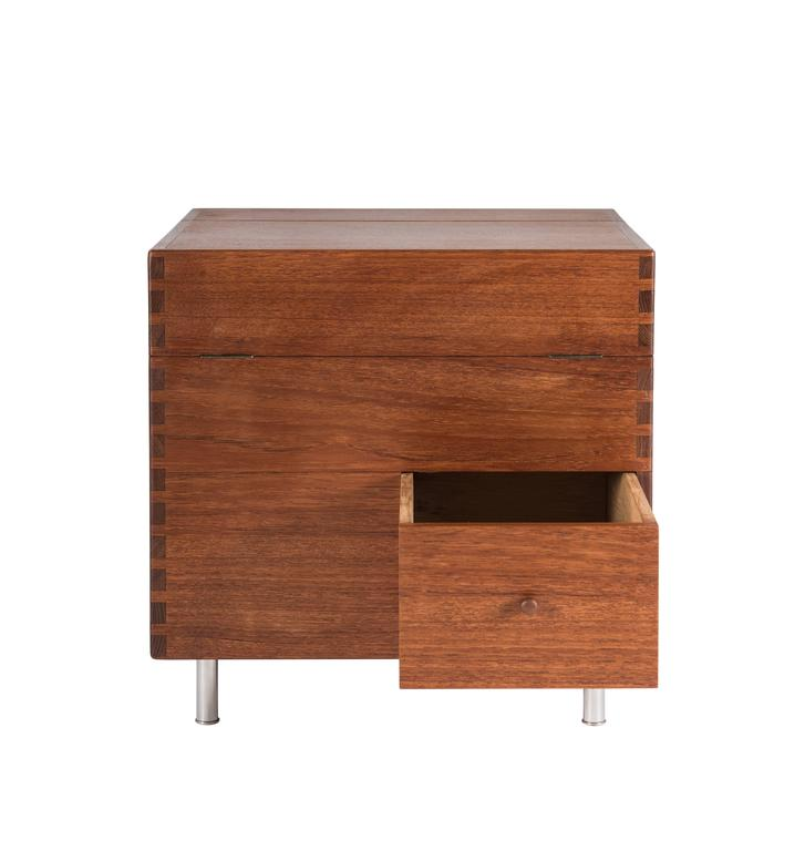 Hans Wegner Cube Bar for Andreas Tuck In Excellent Condition For Sale In Pawtucket, RI