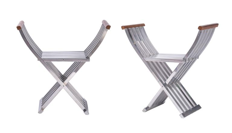 A beautiful pair of extremely well engineered and designed folding benches from John Vesey. Made from brushed and lacquered aluminium with walnut handles. Bench seats with some age appropriate minor scratching.