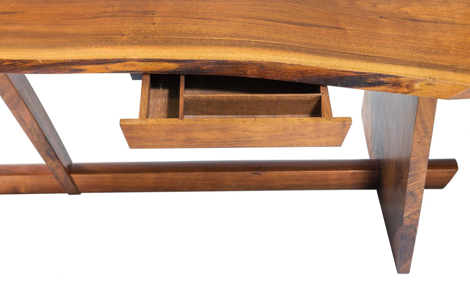 Important George Nakashima Conoid Desk And Chair For Sale
