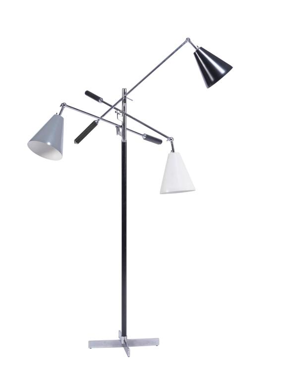 Italian Triennale Floor Lamp In Excellent Condition For Sale In Pawtucket, RI
