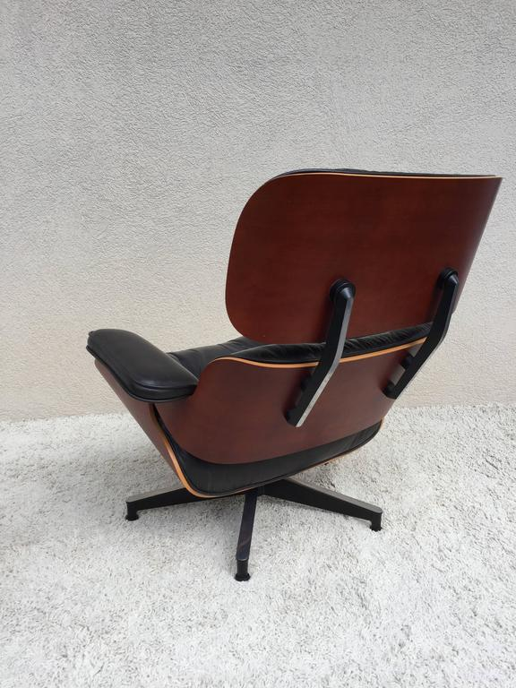 Charles eames lounge chair and ottoman for herman miller for sale at 1stdibs - Herman miller bucket chair ...