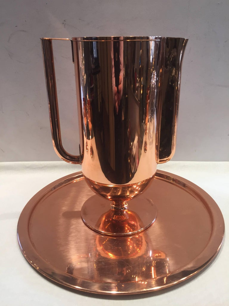 Norman Bel Geddes Copper Art Deco Cocktail or Drinks Set In Excellent Condition For Sale In Westport, CT