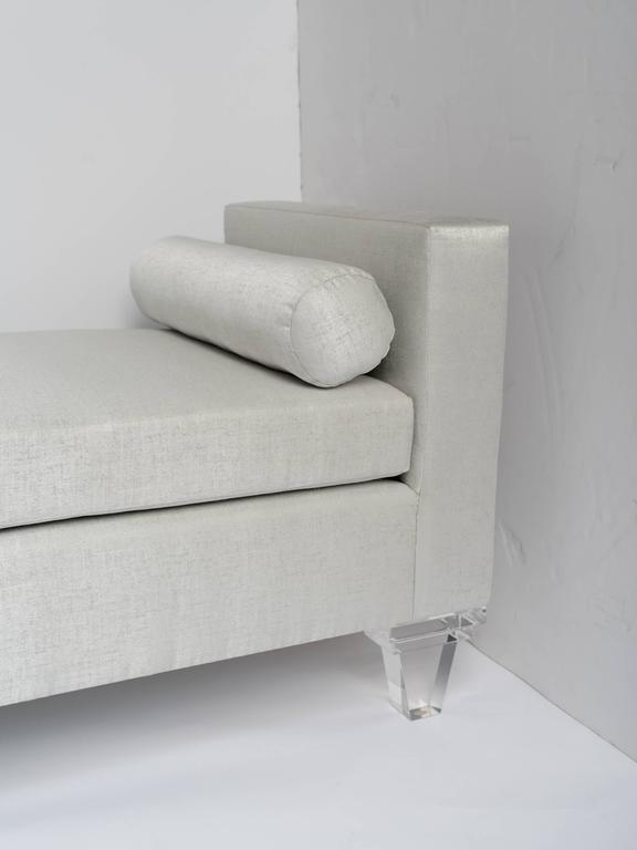 Mid Century Modern Style Upholstered Chaise Lounge Lucite Legs In Excellent Condition For Sale In Stamford, CT