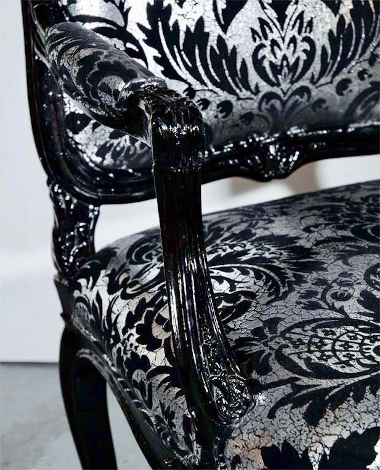 Hollywood Regency Bergere Chair in Embossed Velvet and High Gloss Lacquer For Sale 1