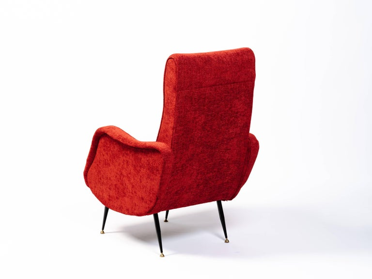 Italian Mid-Century Modern Lounge Chair in Vibrant Woven Red In Excellent Condition For Sale In Stamford, CT