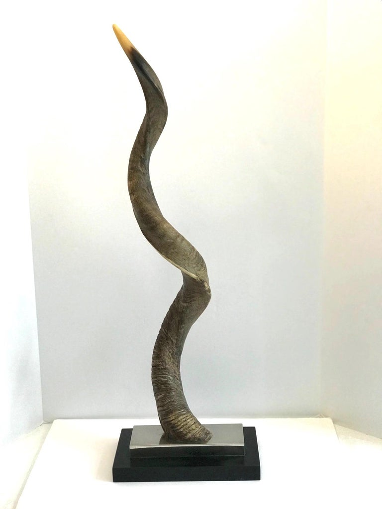 Vintage African Kudu Horn Sculpture on Stand In Good Condition For Sale In Stamford, CT