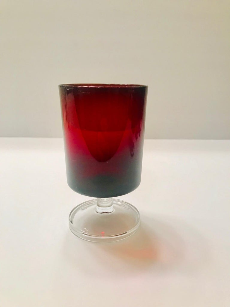 Set of 8 Mid-Century Modern Red Garnet Wine Goblets by Cristal d'Arques For Sale 2