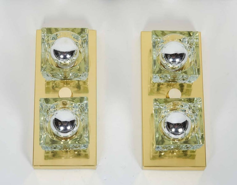 Pair of Mid-Century Modern Brass and Glass Cube Sconces by Gaetano Sciolari For Sale 1