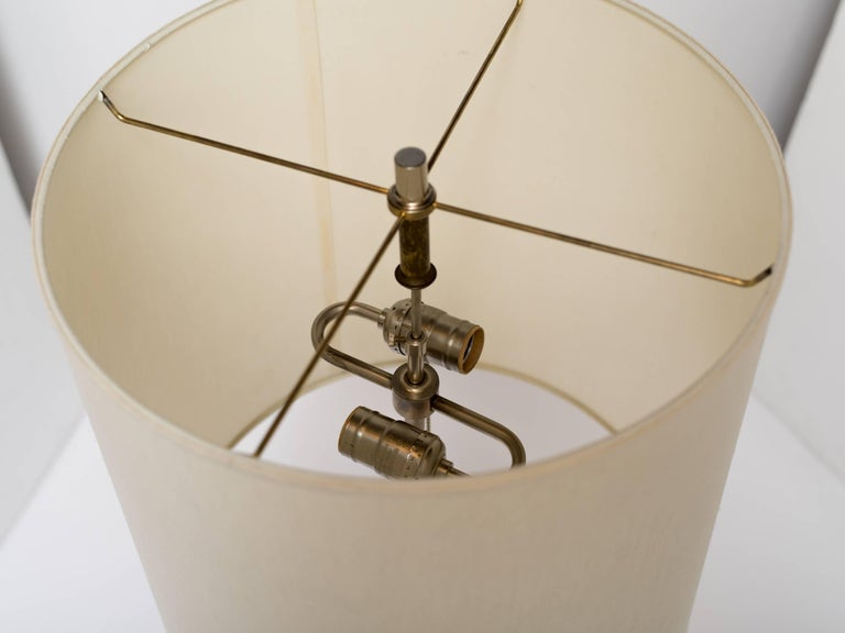 Late 20th Century Mid-Century Modern Golden Lucite Architectural Lamp For Sale