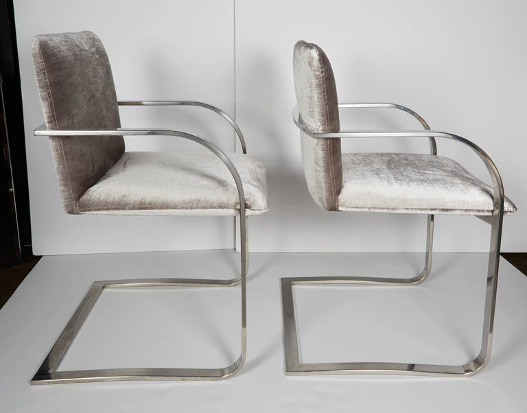 Pair of Mid-Century Modern Side Chairs or Office Chairs by Brueton In Excellent Condition In Fort Lauderdale, FL