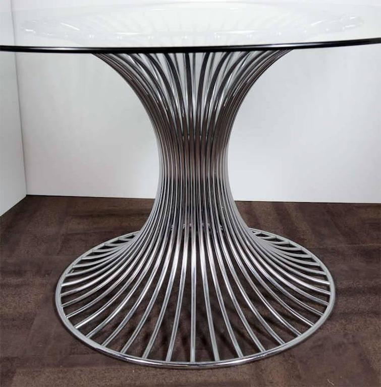 Mid-20th Century Mid-Century Modern Circular Dining Table with Sculptural Chrome Base For Sale