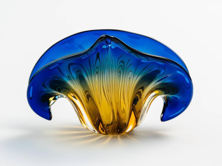 Murano Glass Art Deco Fleur-de-Lis Murano Vase in Vibrant Blue and Amber For Sale