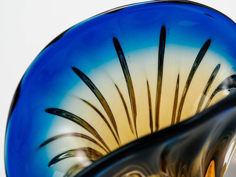 Art Deco Fleur-de-Lis Murano Vase in Vibrant Blue and Amber 7