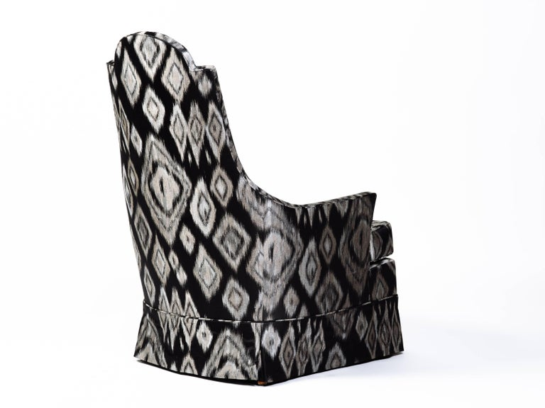 Pair of Hollywood Regency Lounge Chairs in Graphic Ikat Silk 5