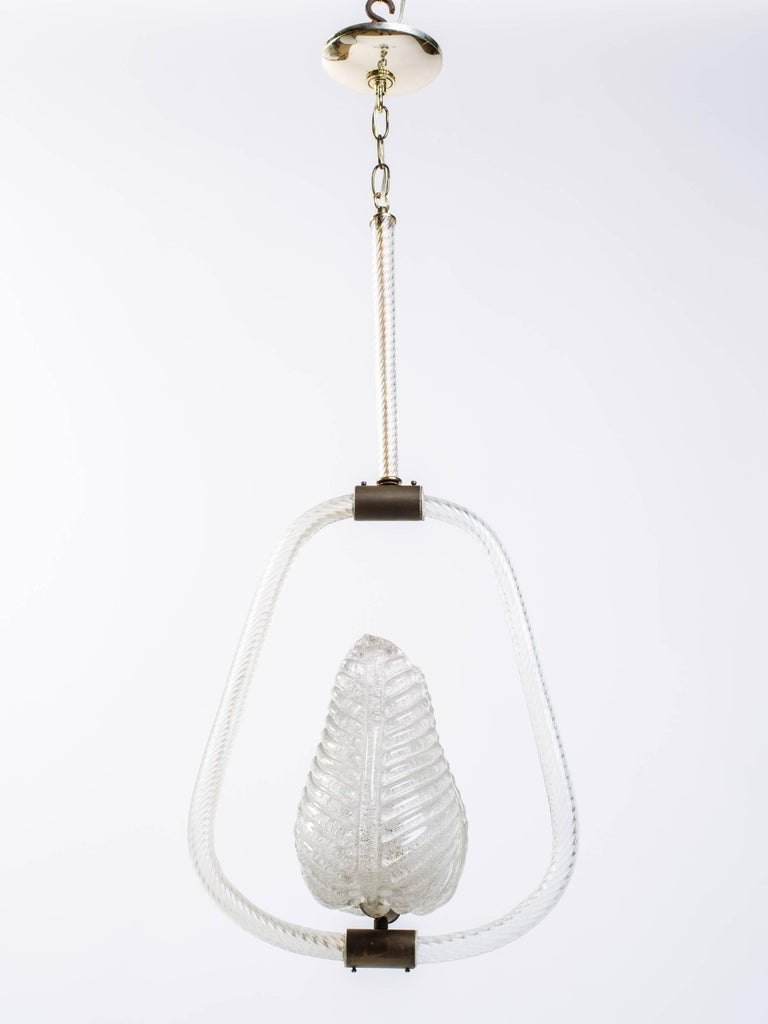 Hand-Crafted Barovier and Toso Murano Glass Pendant Chandelier with Leaf Design For Sale