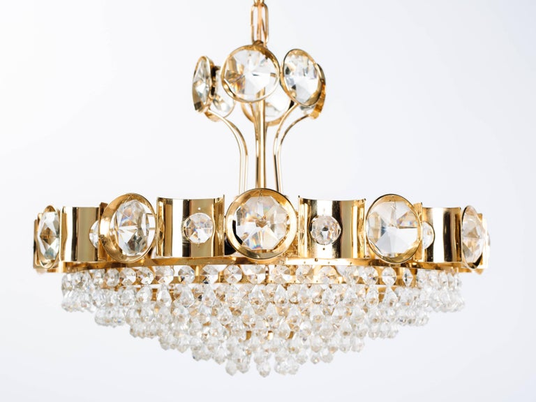 Hand-Crafted Austrian Mid-Century Cut Crystal and Gold Chandelier by Lobmeyr For Sale