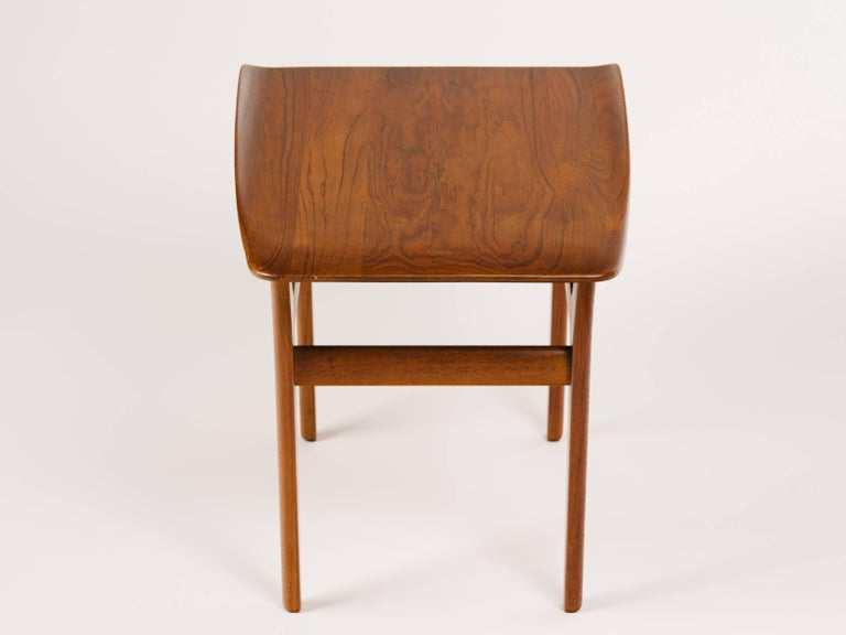 Pair of Danish Modern Teak Wood Side Tables in the Style of Poul Jensen For Sale 1