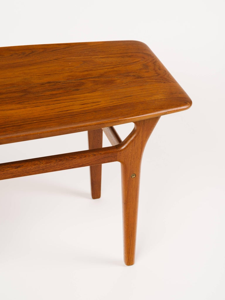 Pair of Danish Modern Teak Wood Side Tables in the Style of Poul Jensen For Sale 2