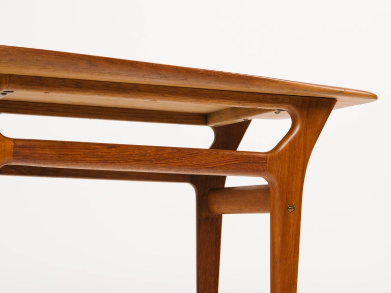Pair of Danish Modern Teak Wood Side Tables in the Style of Poul Jensen For Sale 3