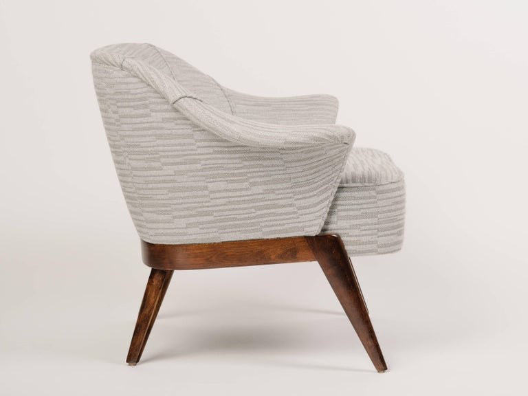 American Mid-Century Modern Stingray Armchair in Embossed Woven Wool  For Sale