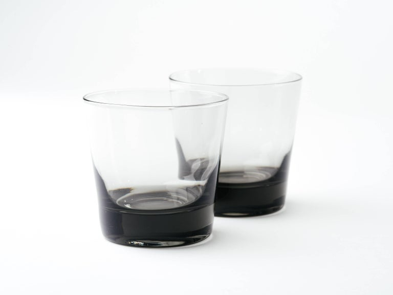 Mid-20th Century Set of Four Mid-Century Modern Smoked Grey Barware Glasses For Sale