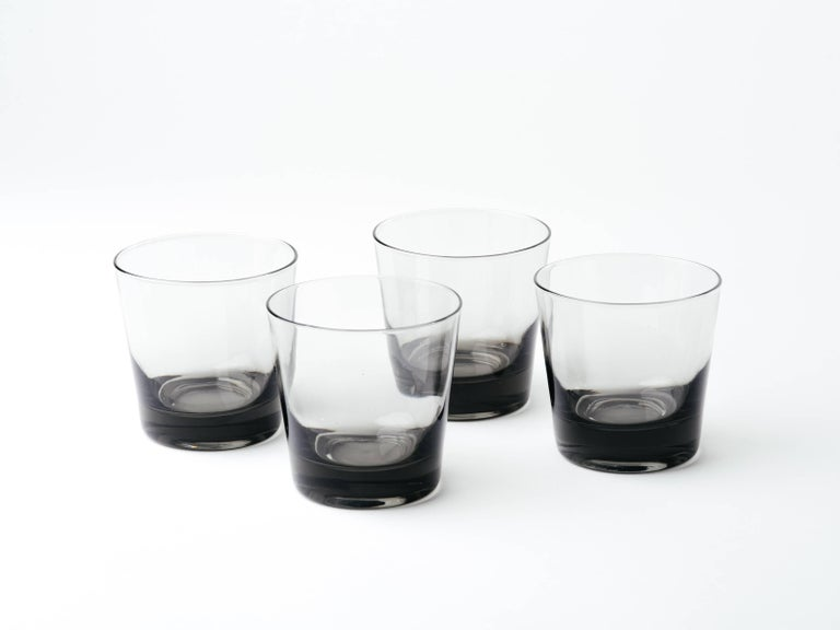 Set of Four Mid-Century Modern Smoked Grey Barware Glasses In Excellent Condition For Sale In Stamford, CT