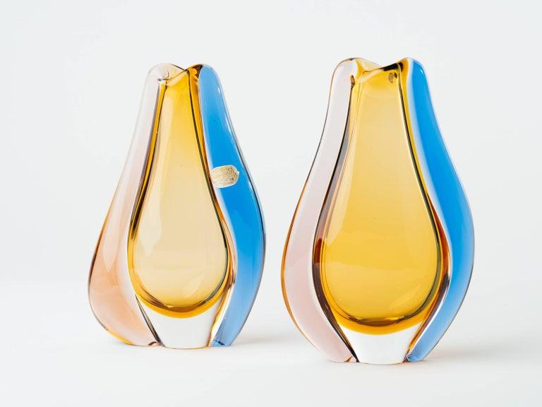 Pair of Czech Republic Mid-Century Modern Teardrop Glass Vases For Sale 3