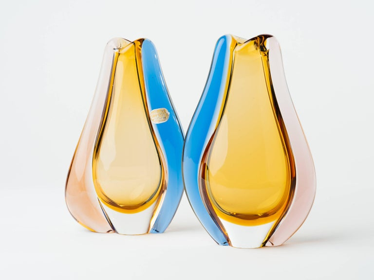 Pair of Czech Republic Mid-Century Modern Teardrop Glass Vases For Sale 4