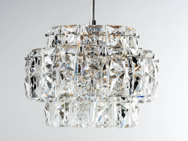 Hollywood Regency Exquisite German Mid-Century Modern Faceted Crystal Chandelier For Sale