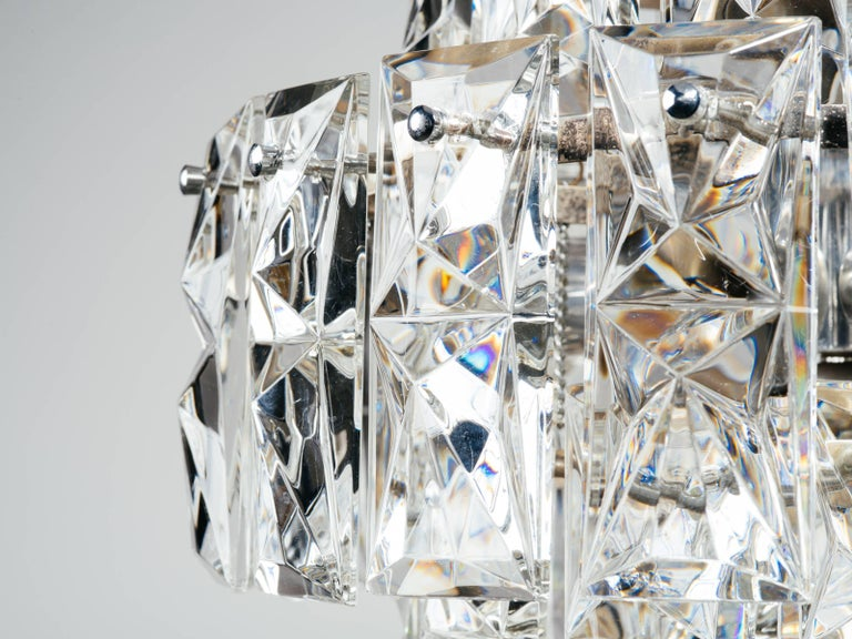Exquisite German Mid-Century Modern Faceted Crystal Chandelier For Sale 1