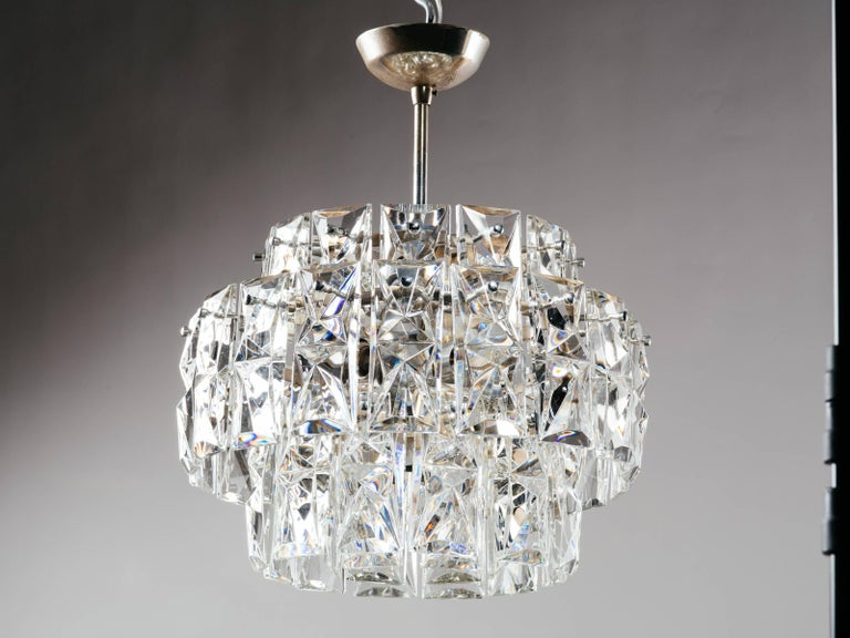 Exquisite German Mid-Century Modern Faceted Crystal Chandelier For Sale 2
