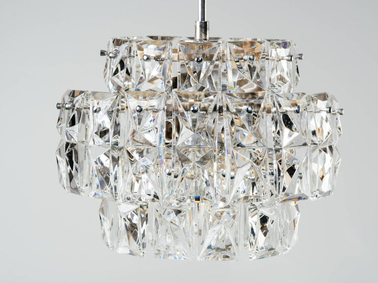 Exquisite German Mid-Century Modern Faceted Crystal Chandelier For Sale 3