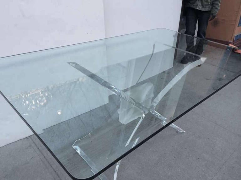 Beveled Mid-Century Modern Lucite and Glass Dining Table by Lion in Frost For Sale