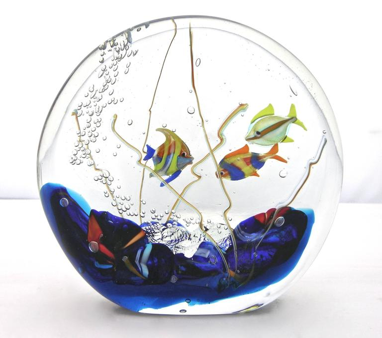 Alberto Dona 1980 Blue Red Yellow Green Murano Glass Aquarium Round Sculpture In Excellent Condition For Sale In New York, NY