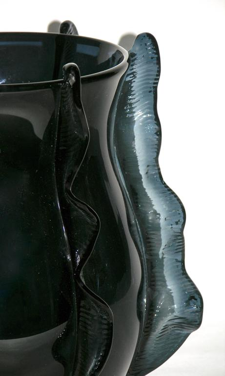 Formia 2009 Italian Pair of Organic Avio Blue Murano Glass Modern Vases In Excellent Condition For Sale In New York, NY