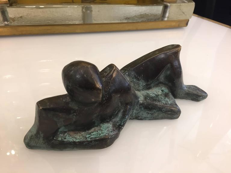 Minimalist Italian Man Bronze Sculpture Limited Edition by Giovanni Ginestroni In Excellent Condition For Sale In New York, NY