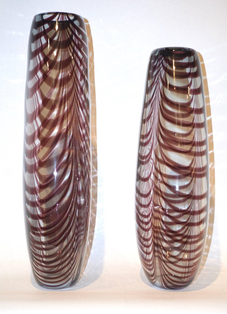 Italian Formia 1970s Two Fenicio Feather Decorated Purple Brown Murano Art Glass Vases  For Sale