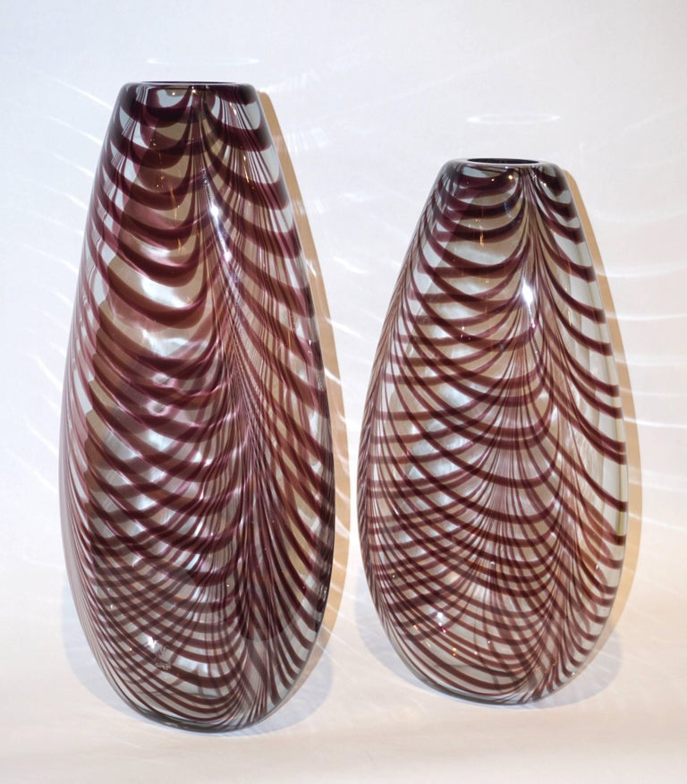 Late 20th Century Formia 1970s Two Fenicio Feather Decorated Purple Brown Murano Art Glass Vases  For Sale
