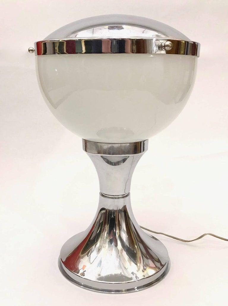 Valenti & Co 1960s Vintage Minimalist Italian Design Nickel and White Desk Lamp For Sale 3