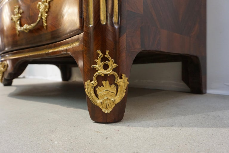 Maitre Marchand French Louis XV Ormolu Kingwood Chest / Commode with Provenance For Sale 9