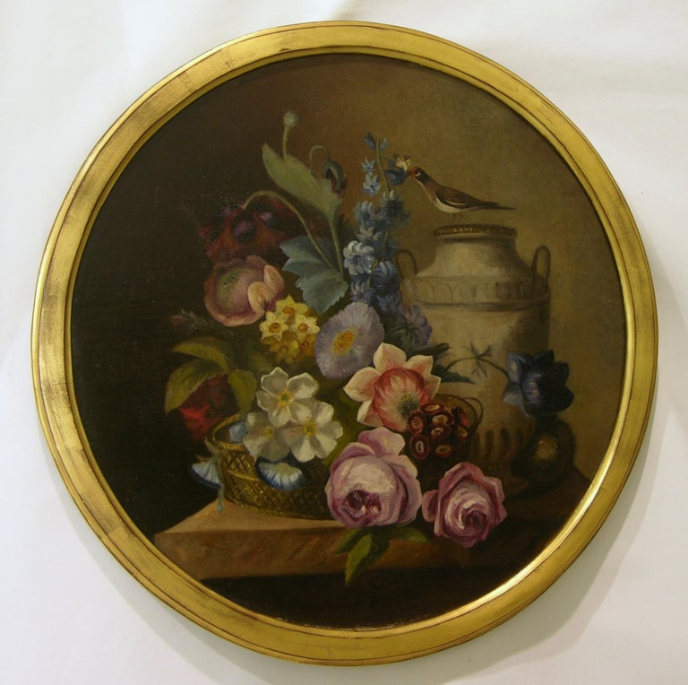 1880 French Provincial Pair of Round Still Life Oil Paintings in Gilt Frames In Good Condition For Sale In New York, NY