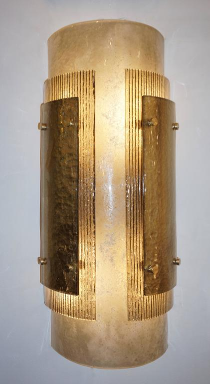 Italian Pair of Modern Gold Smoked Gray and Frosted Ivory Murano Glass Sconces In Excellent Condition For Sale In New York, NY