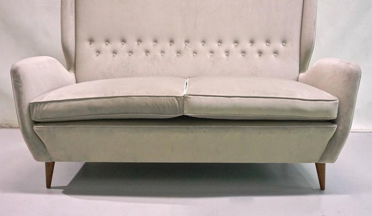 Gio Ponti Certified 1940s Vintage Italian High Back Sofa in Light Gray Velvet For Sale 2