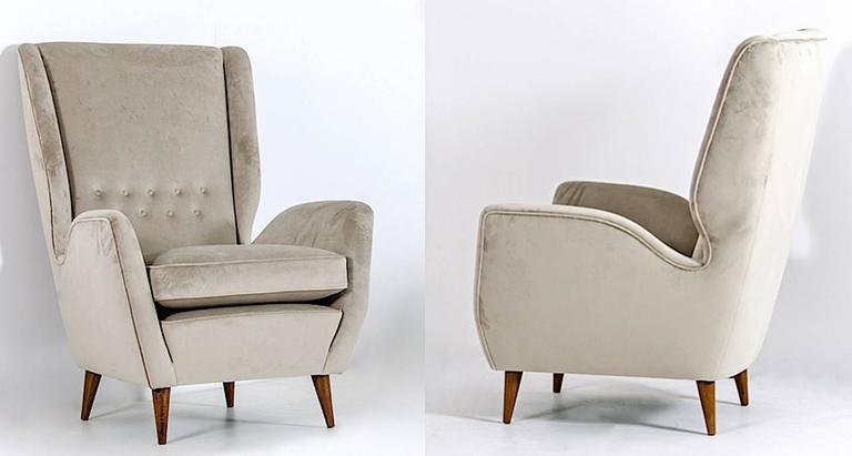 Walnut Gio Ponti Certified 1940s Vintage Italian High Back Sofa in Light Gray Velvet For Sale