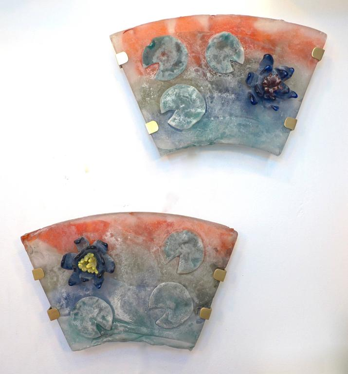 Mid-20th Century 1950s Cenedese Italian Pair of Orange Blue Green Scavo Murano Glass Sconces For Sale