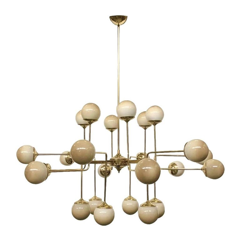 Italian Modern 24-Light Brass and Lavender Periwinkle Murano Glass Chandelier For Sale 4